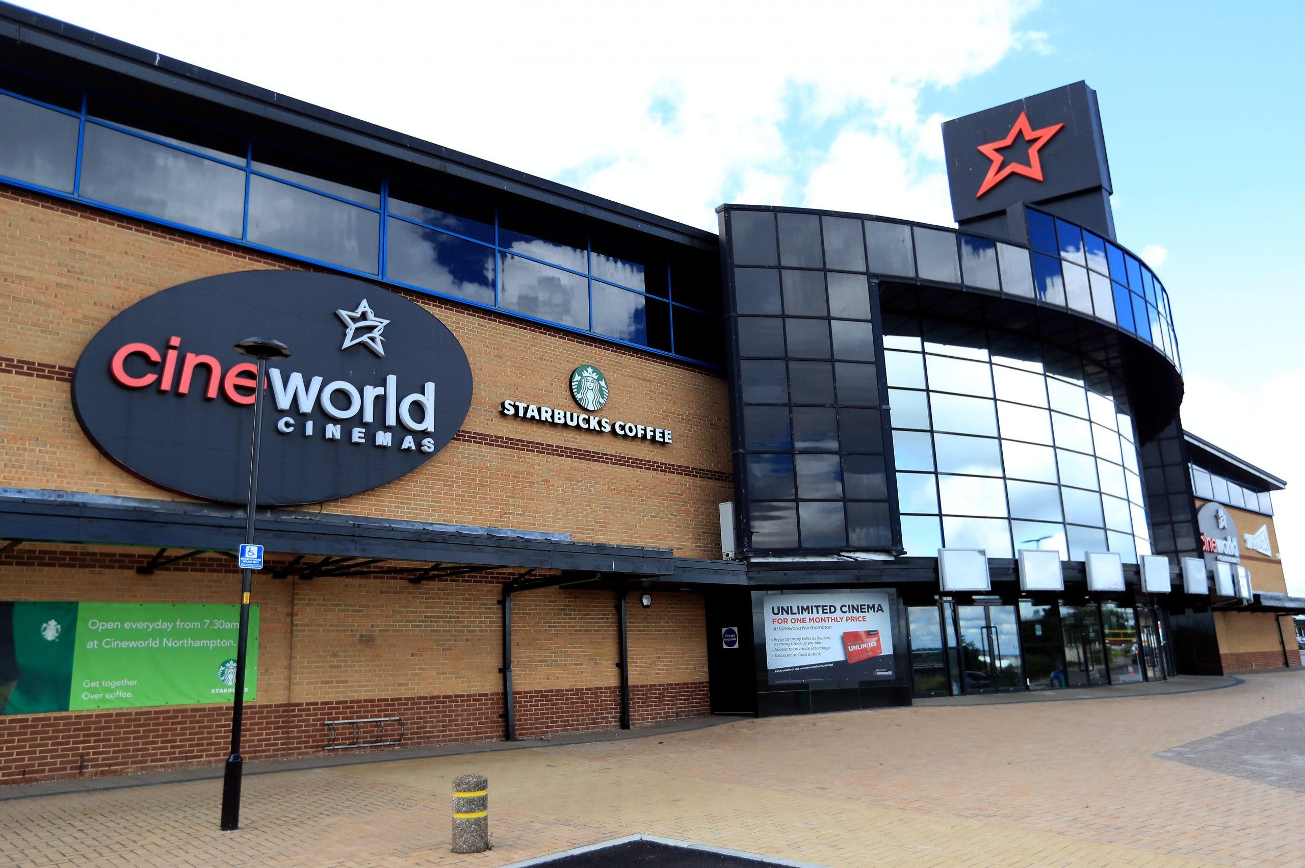 Thousands of jobs at risk as Cineworld set to close all UK sites