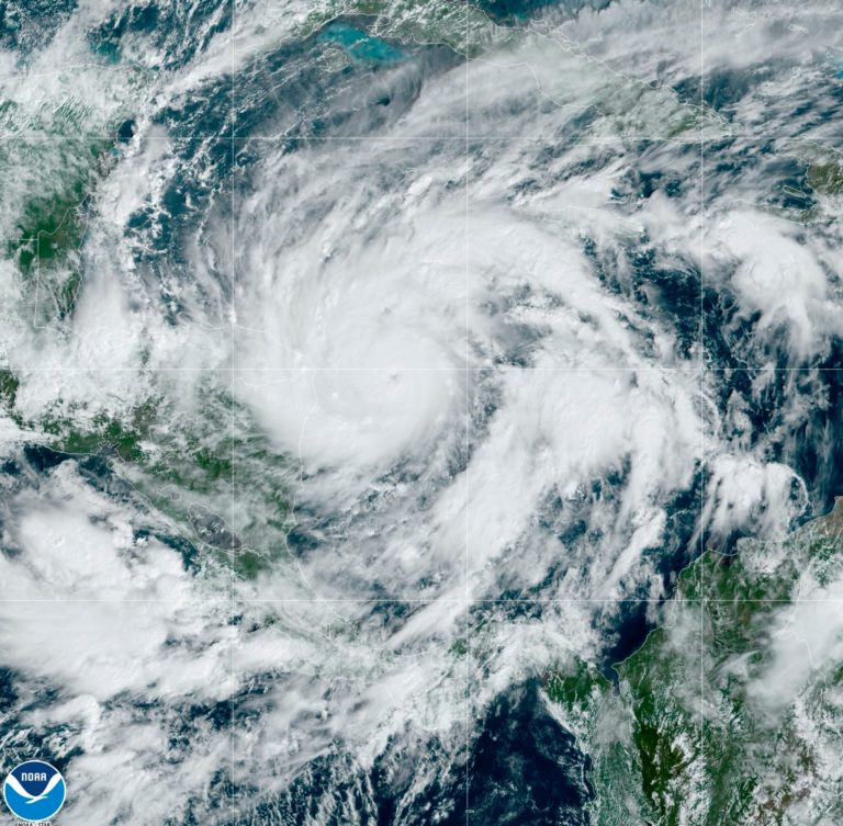 Read more about the article Powerful Hurricane Eta threatens flooding across Central America