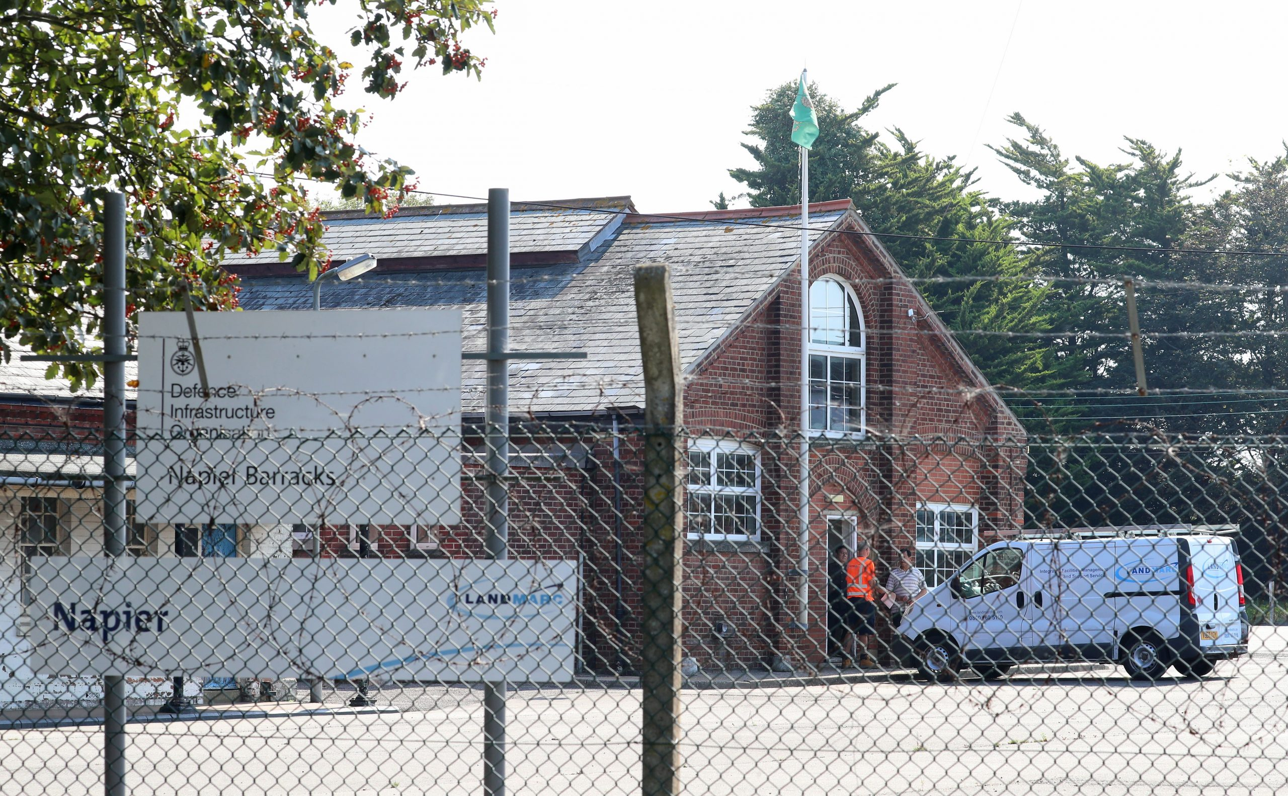 Read more about the article Refugee describes 'unbearable' conditions at Kent military barracks