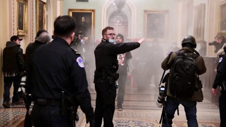 Read more about the article Capitol Insurrection Highlights Increasing Radicalization of Right-Wing White Police Officers