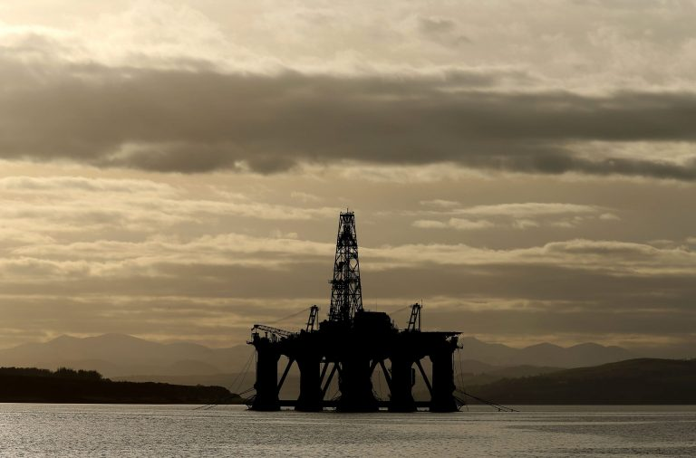 Read more about the article Offshore workers back 'landmark' agreement on terms and conditions