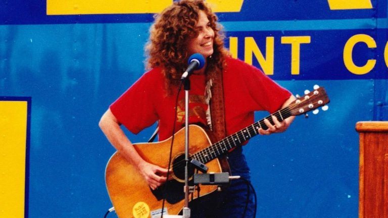 Read more about the article RIP Anne Feeney, Legendary Labor Songwriter, Whose Favorite Place to Sing Was on a Picket Line