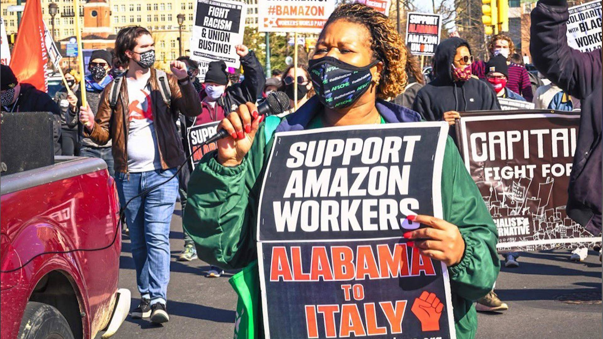 Read more about the article Amazon Intimidates Workers Amid Historic Union Vote in Alabama as Jeff Bezos Makes $7 Million an Hour