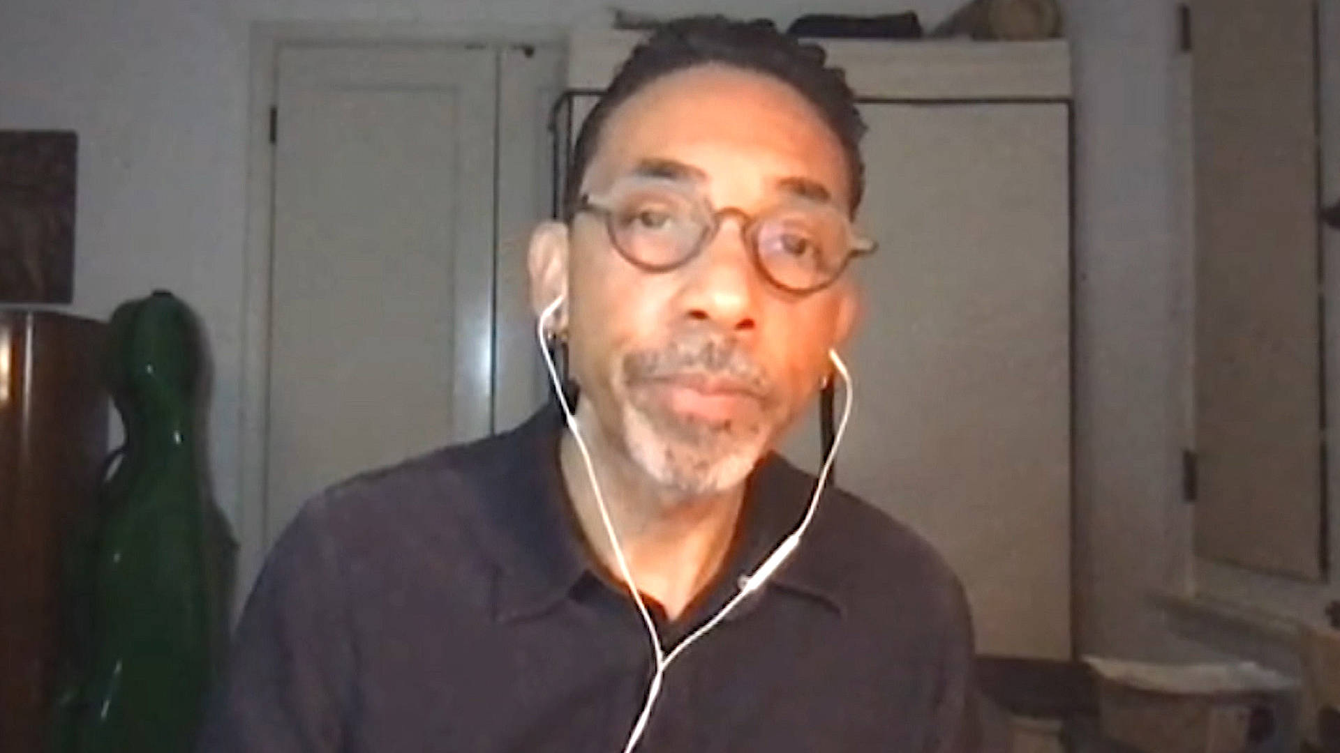 Read more about the article Robin D.G. Kelley on Derek Chauvin Murder Trial, Reparations in Evanston & Cornel West Tenure Fight