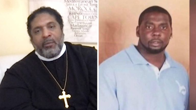 """Read more about the article """"A Warrant Is Not a License to Kill"""": Rev. William Barber Condemns Police """"Execution"""" of Andrew Brown"""