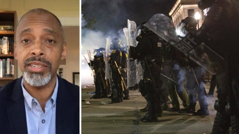 Read more about the article Historian Khalil Gibran Muhammad: Policing in U.S. Was Built on Racism & Should Be Put on Trial