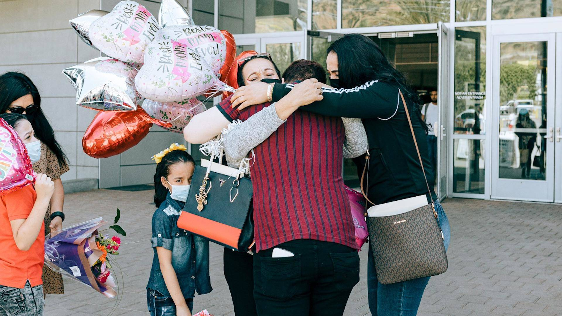 """Read more about the article """"They Were Tortured"""": 4 Families Torn Apart by Trump Are Reunited. 1,000+ Still Separated, Missing."""