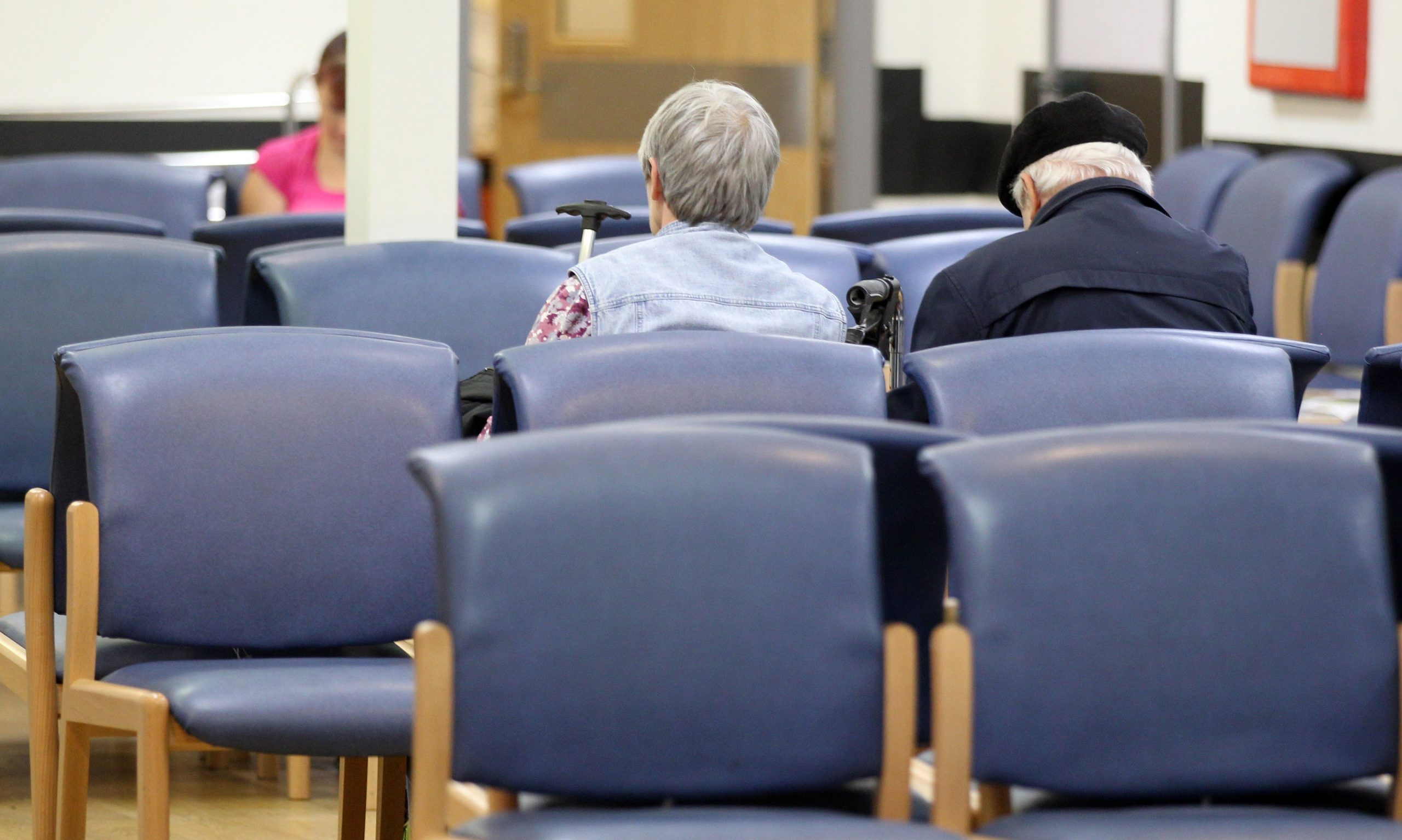 Read more about the article England's NHS waiting list tops 5 million for first time