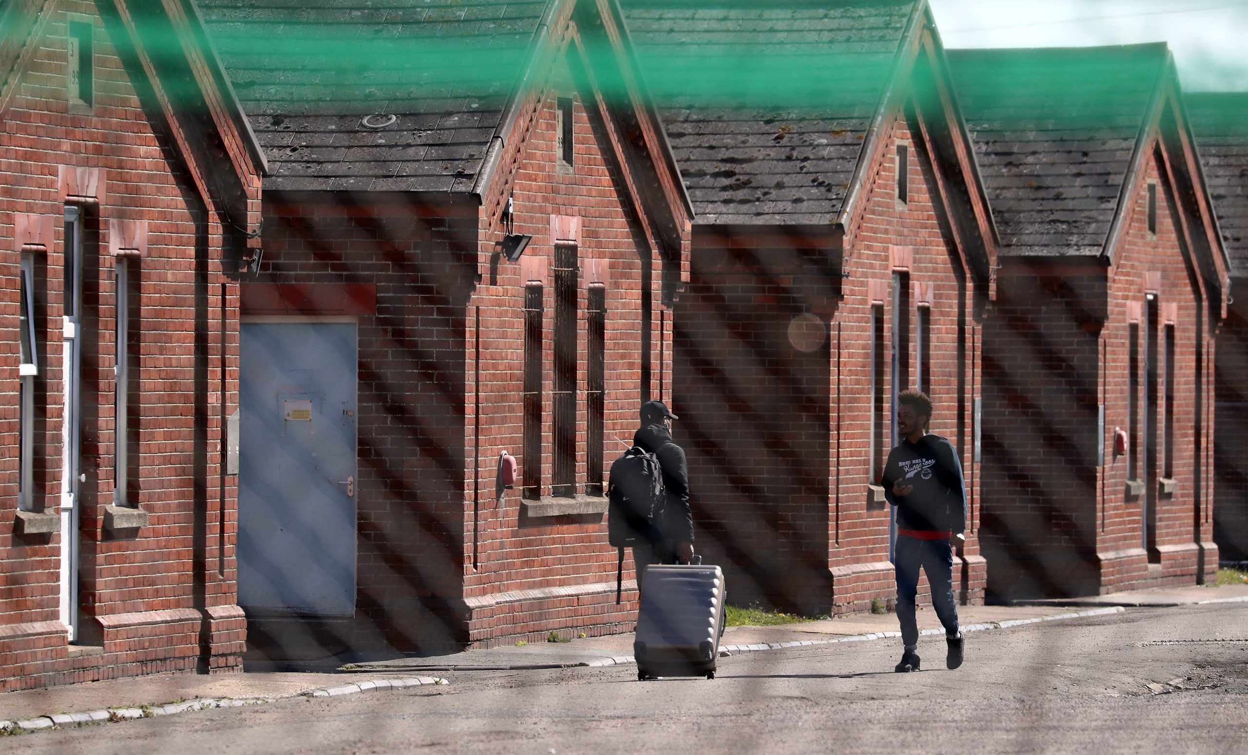 Read more about the article Asylum seekers win High Court challenge over 'squalid' Napier Barracks