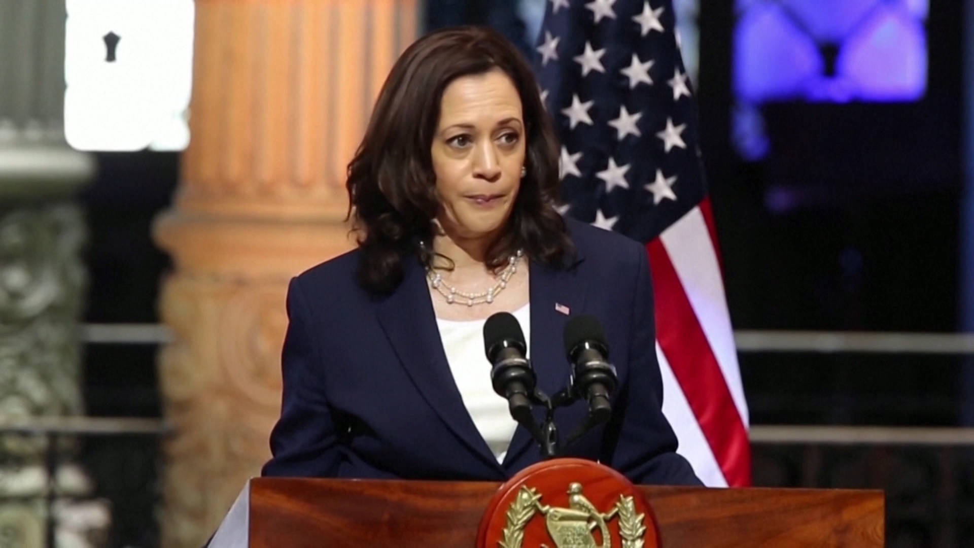 """Read more about the article """"Do Not Come"""": VP Harris Sends Anti-Migrant Message in Guatemala, Visits Mexico Amid Deadly Election"""