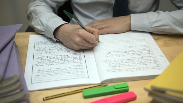 Read more about the article Government must halt education reforms or risk 'damage' to teacher supply, unions warn