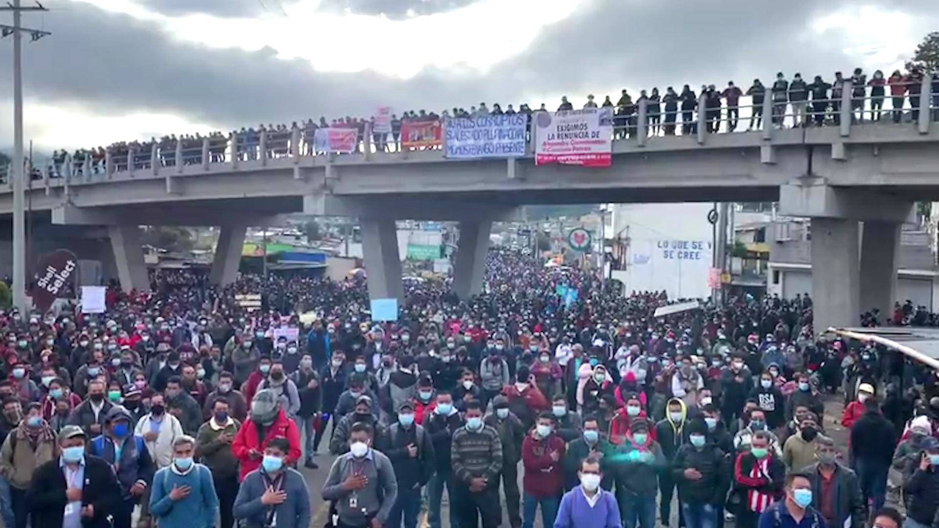 """Read more about the article """"People Are Outraged"""": General Strike in Guatemala Denounces Corruption & Mishandling of Pandemic"""