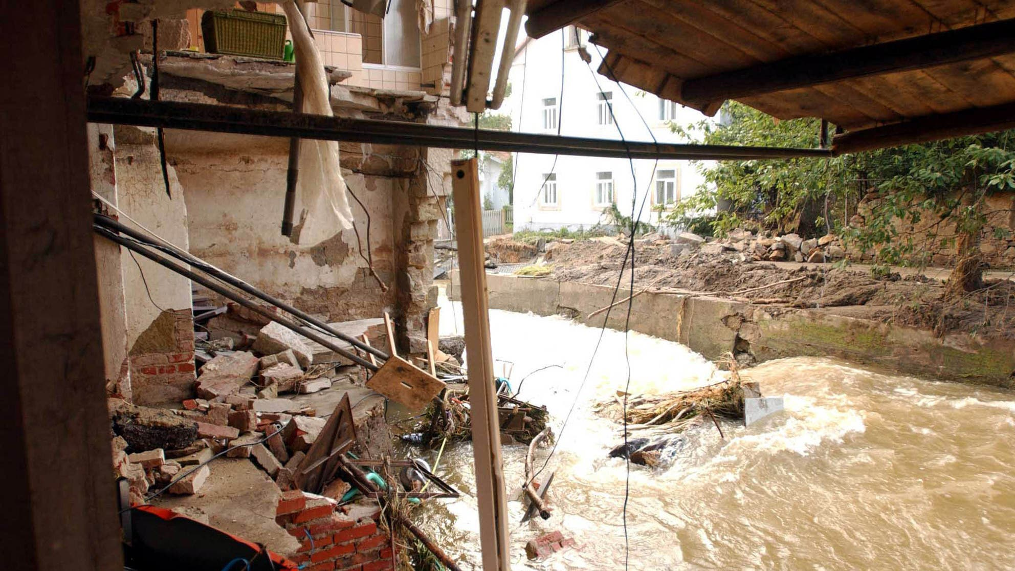 Read more about the article Scientists warn of the climate crisis's role in July's deadly European flooding