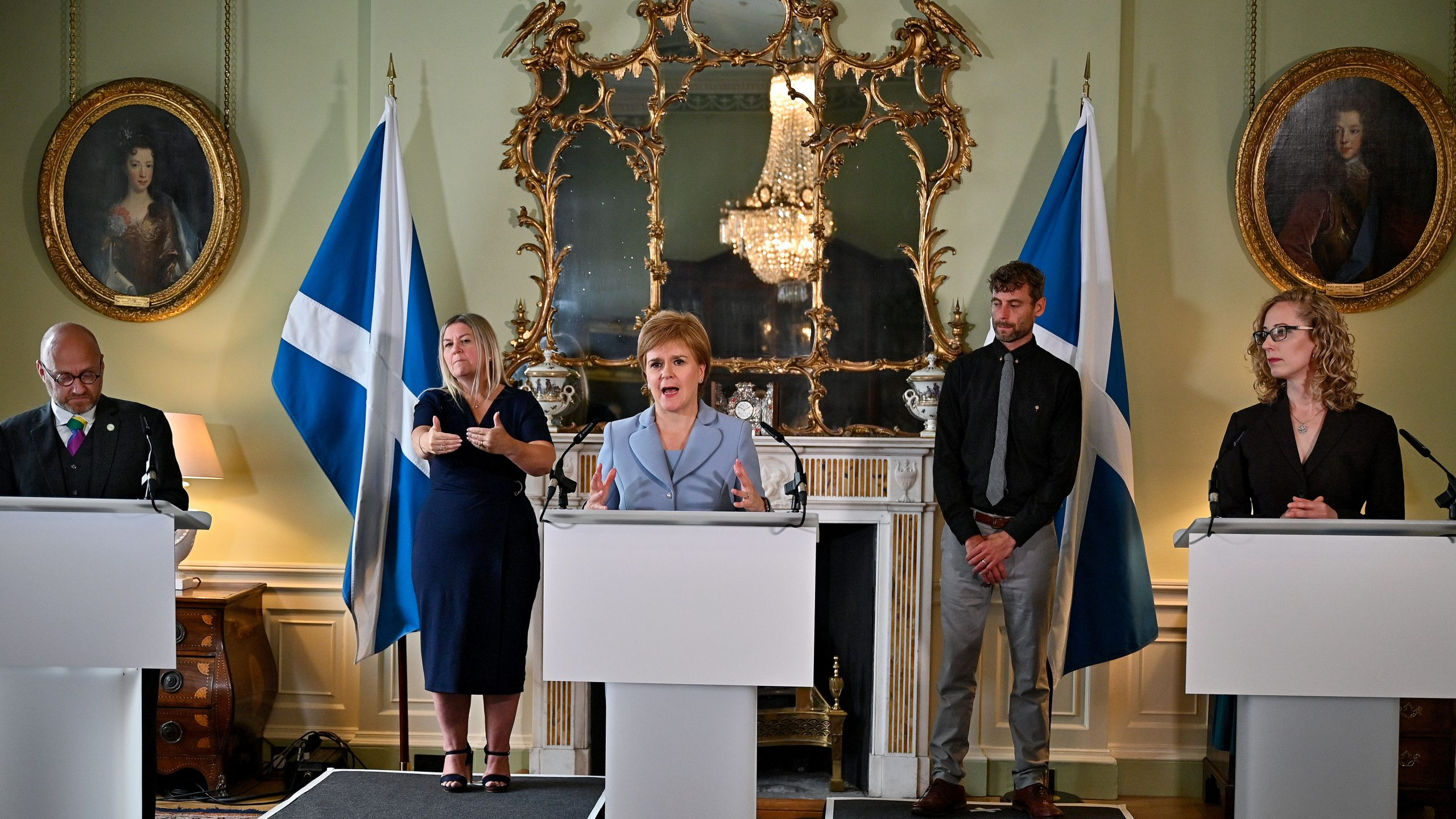 You are currently viewing Nicola Sturgeon's stance on oil and gas has 'changed significantly', claims Greens
