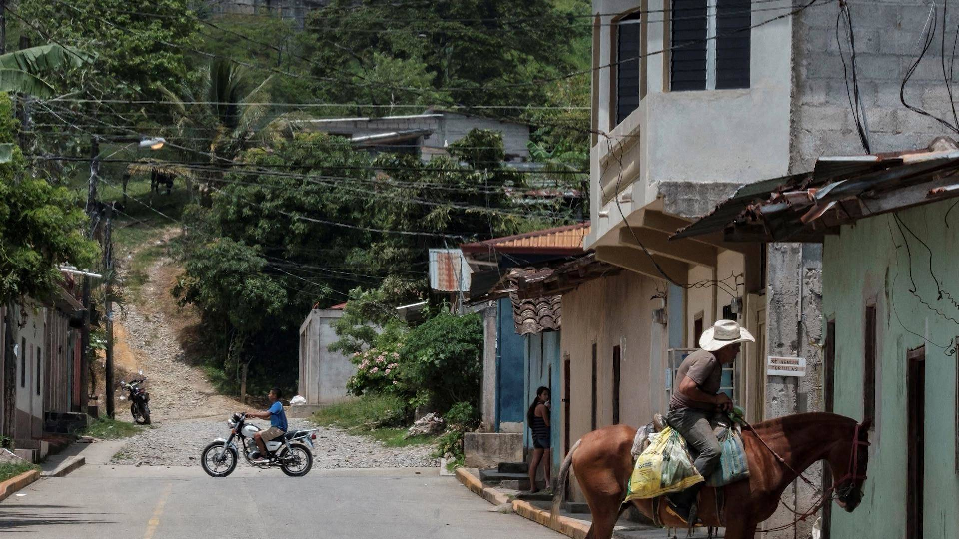 """Read more about the article """"Life Has Become Unlivable in Honduras"""": How Corruption & Drug Trade Fueled Migration to U.S."""