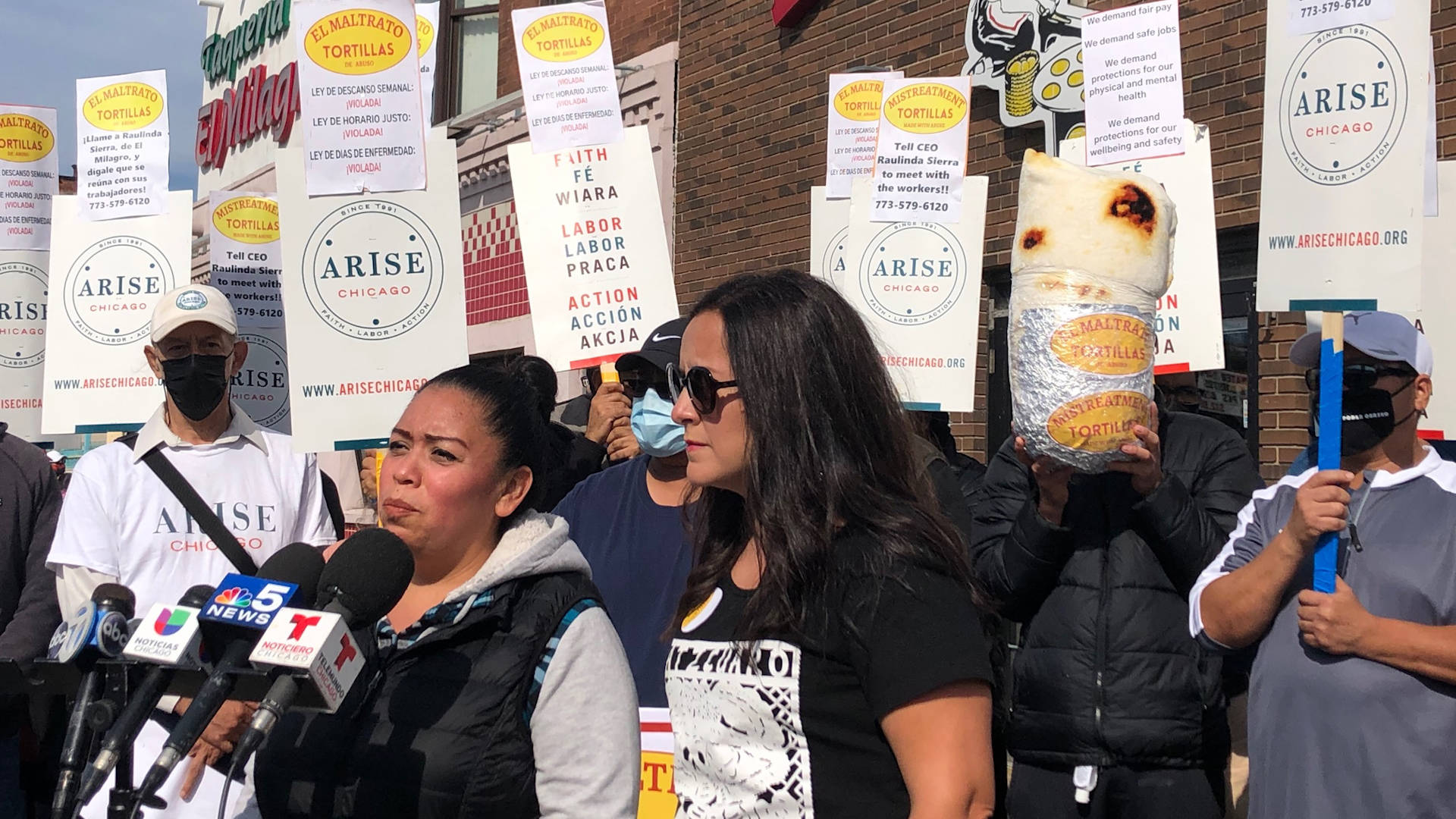 Read more about the article El Milagro Tortilla Workers Walk Out to Demand Fair Wages & Workload Amid Staff Shortage, COVID Deaths