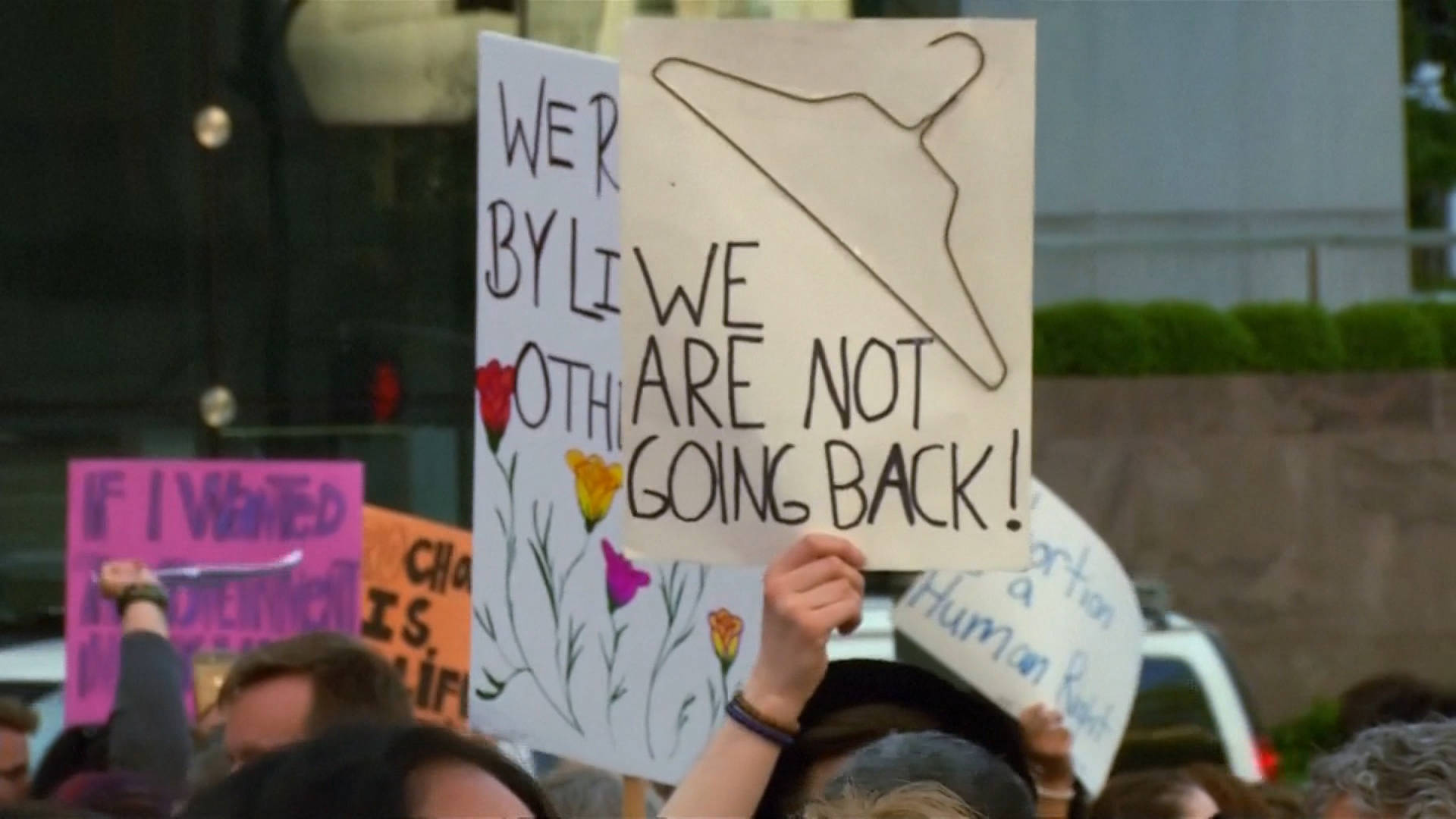 """Read more about the article """"Blanket Unconstitutional"""" Texas Abortion Ban Takes Effect in Major Setback for Reproductive Rights"""