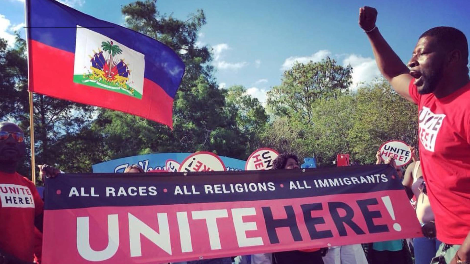 Read more about the article Groups Demand Biden Halt Deportations as Haiti Reels from Earthquake, Storm & Moïse Assassination